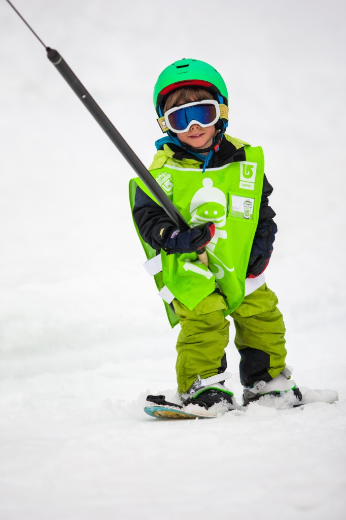 Snowboarding age 3 uk