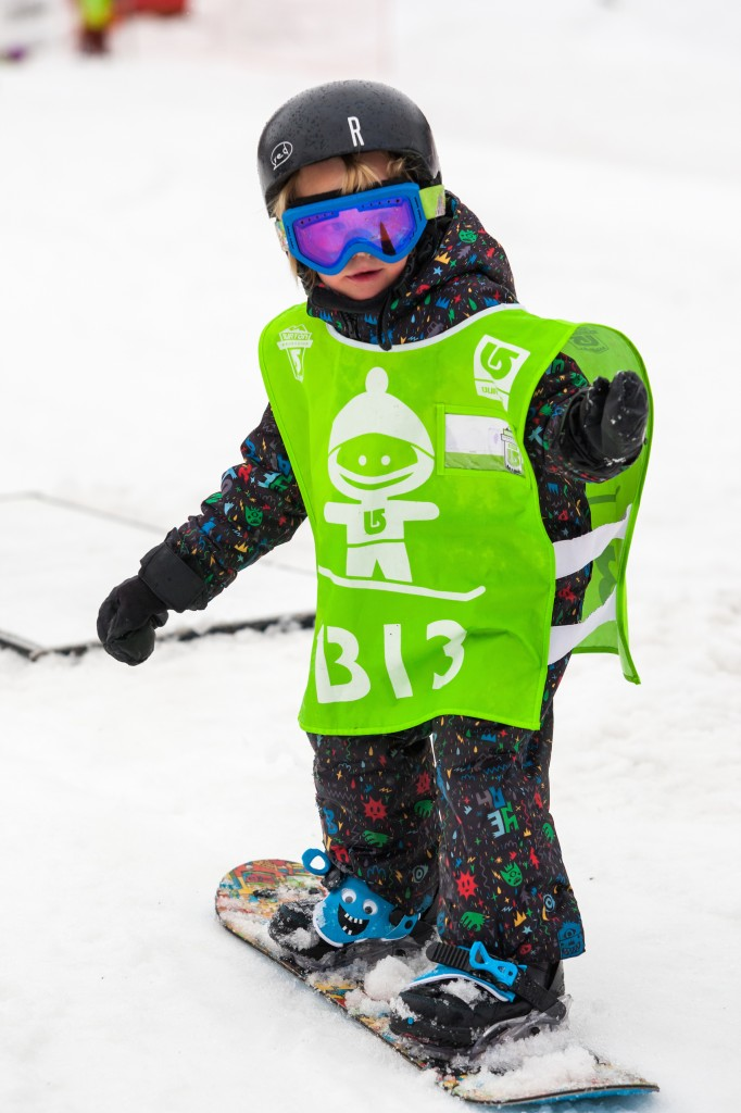 burton riglet kids snowboard lessons uk