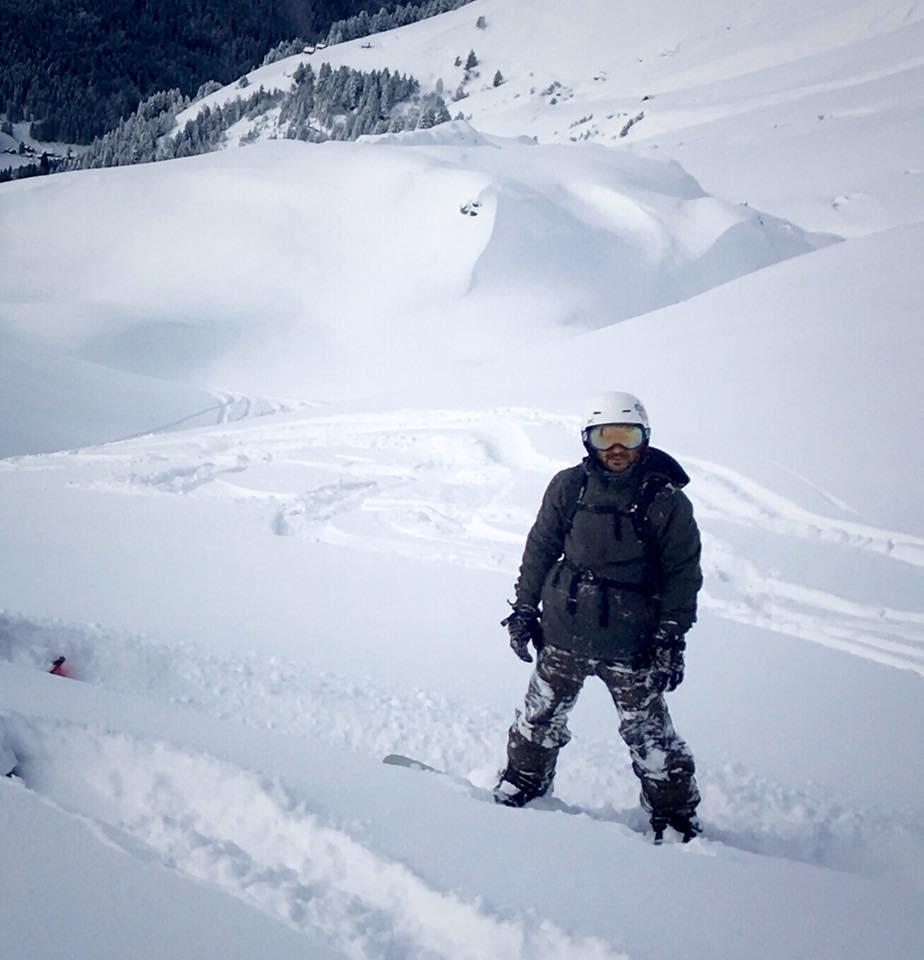off piste snowboarding avoriaz