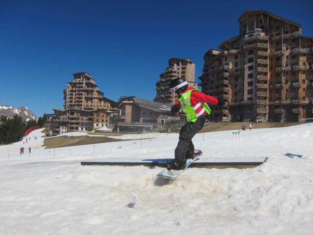 kids freestyle snowboard club morzine avoriaz