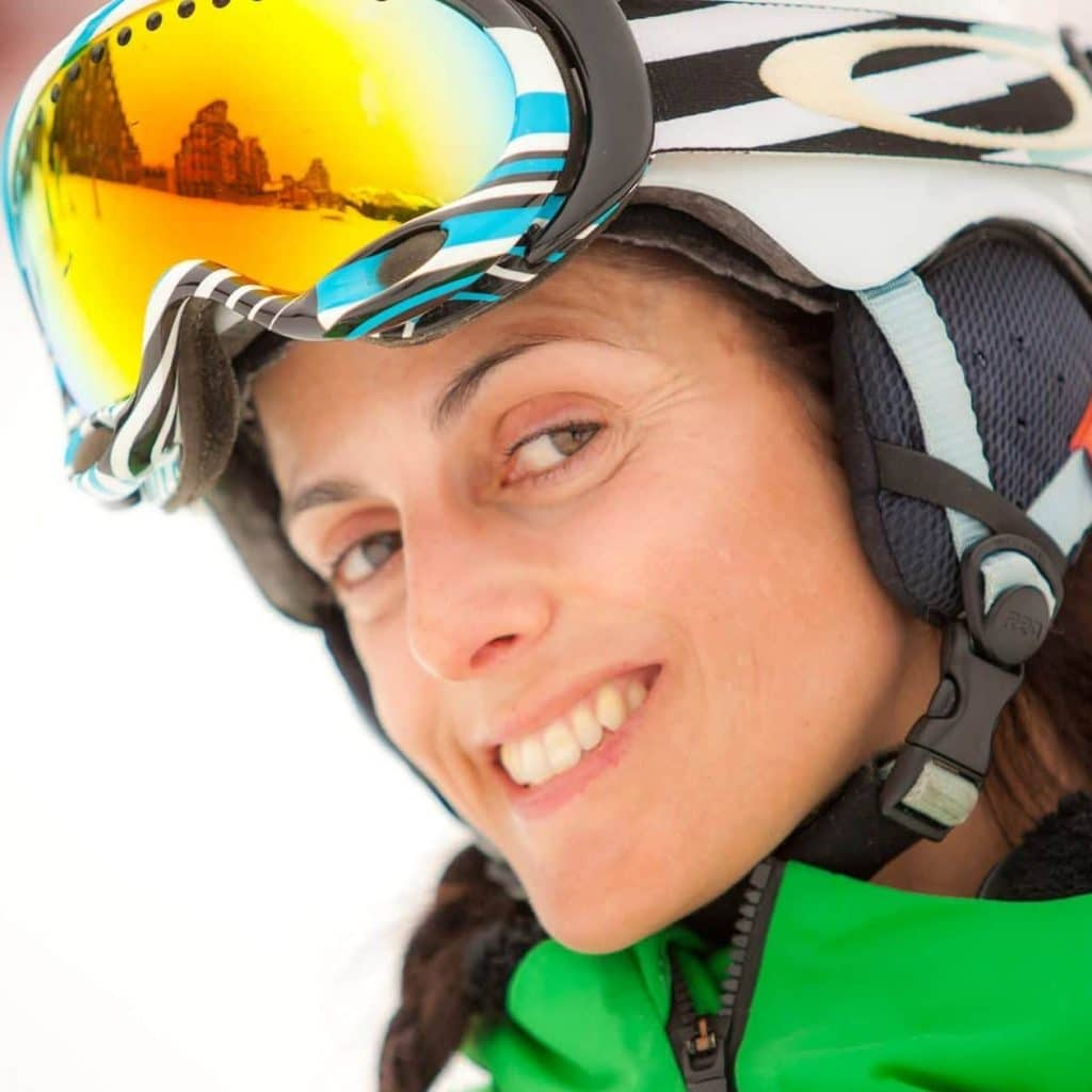 female snowboard instructor