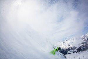off piste snowboard course