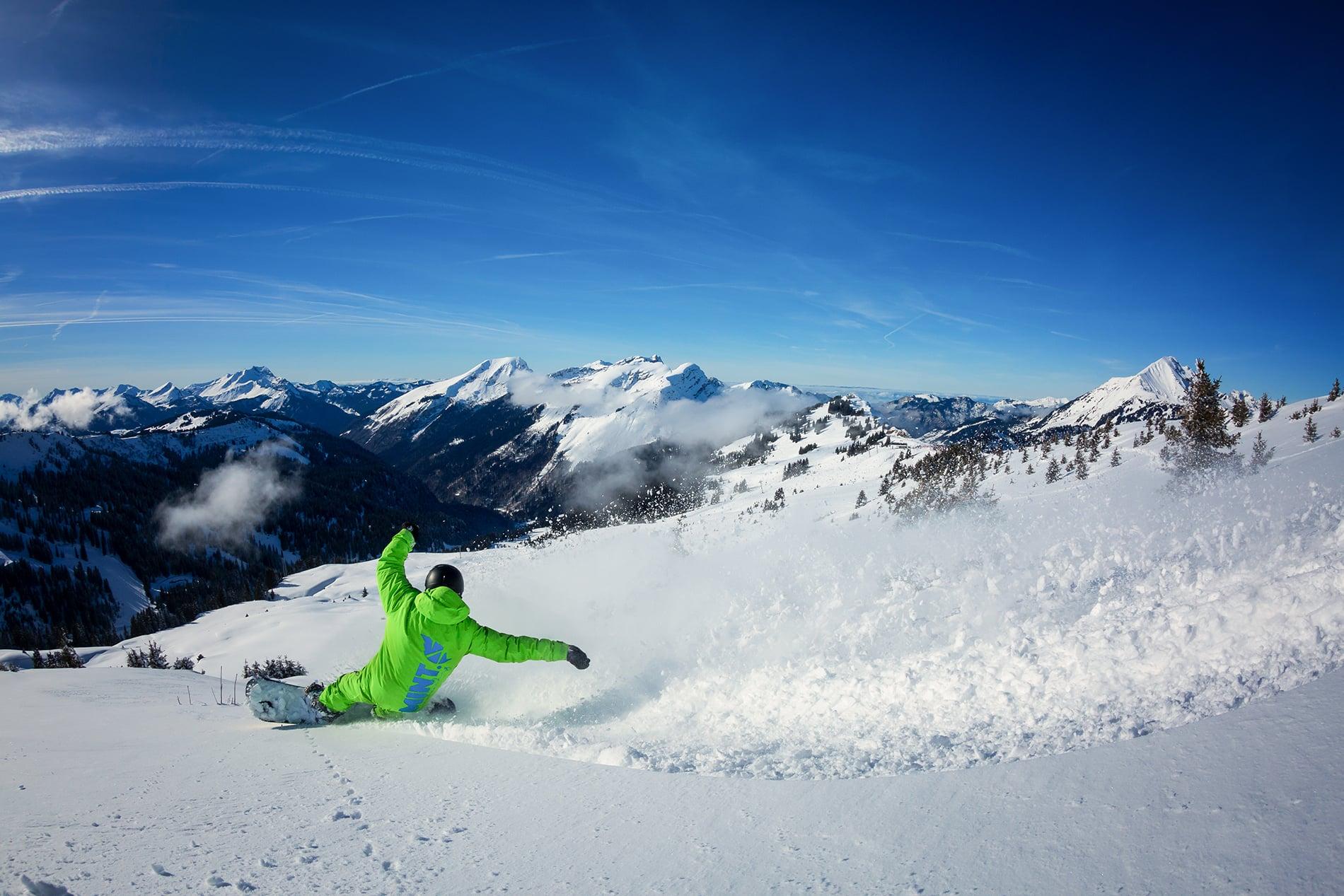 Snowboard Instructor Powder Slash