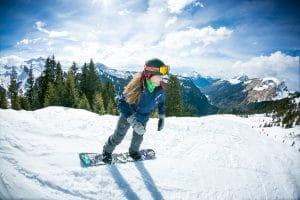 toe side snowboarding les gets
