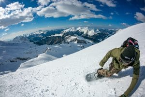 Valerio Antoniello loves Snowboarding