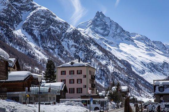 Zinal Grimentz Snowboard Course