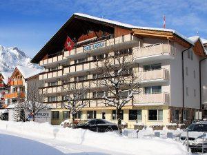 Engelberg Hotel snowboard course