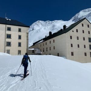 Splitboarding Guided Hut Trip
